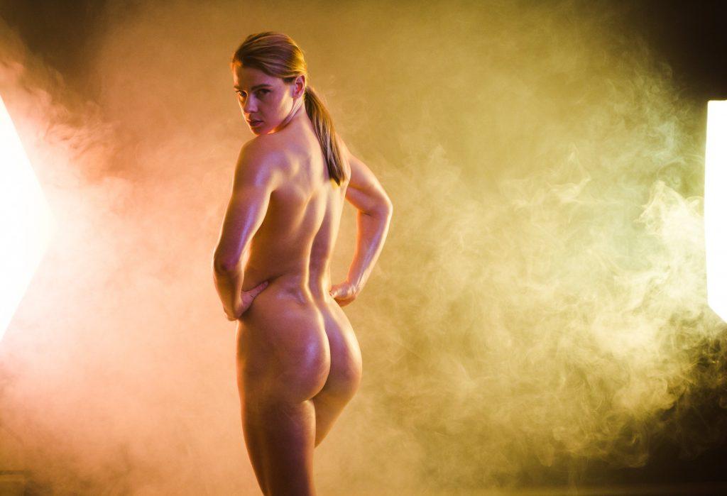 Photographe érotique et charme à Lyon - Julia Nicole -